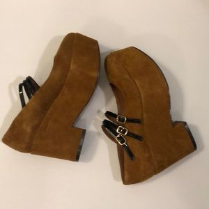 Shelly's London suede platform Mary Janes Size 6
